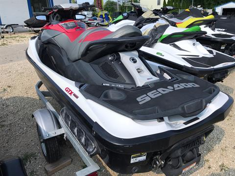 2011 Sea-Doo GTX iS™ 215 in Edgerton, Wisconsin - Photo 4