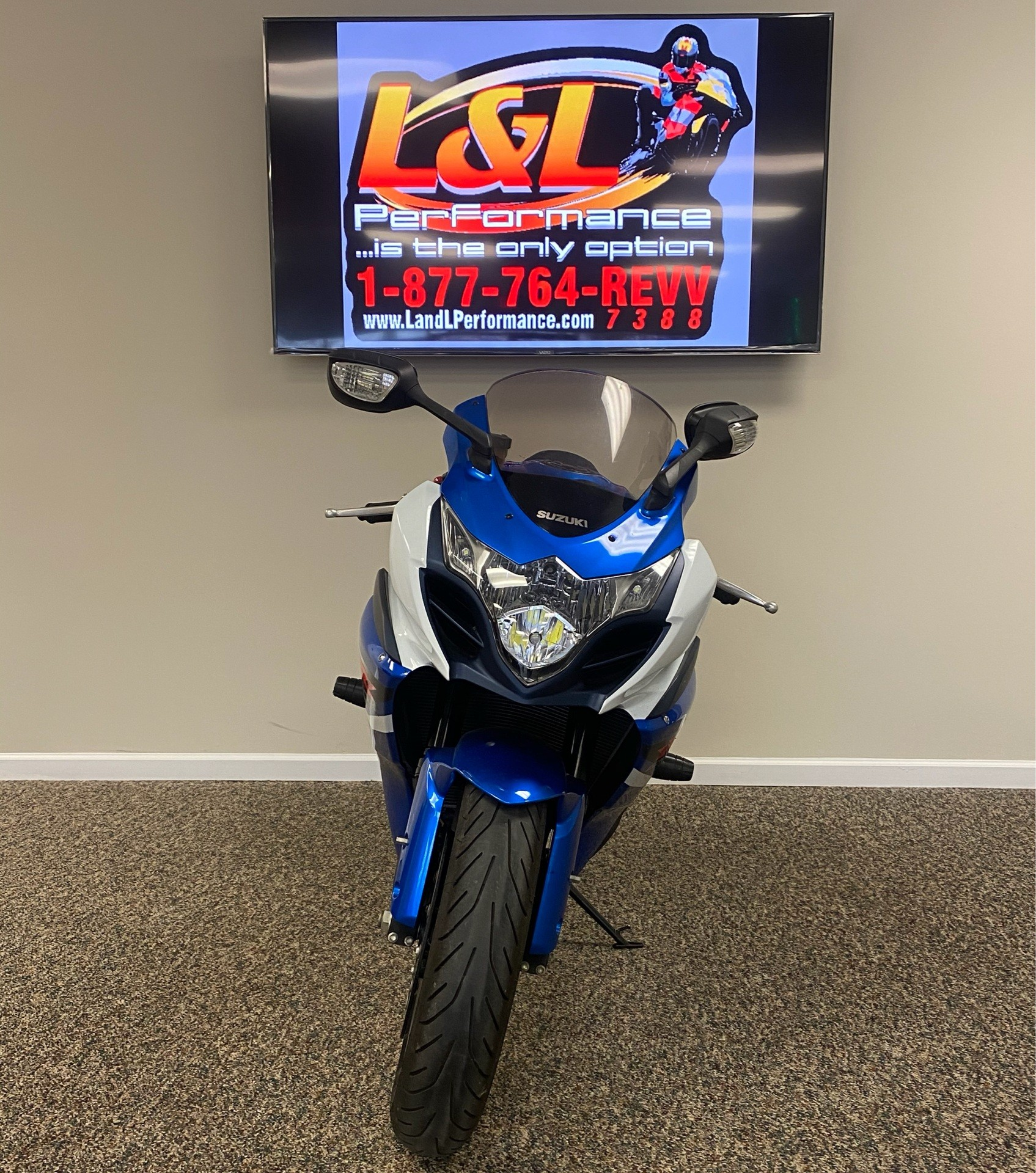 2012 Suzuki GSX-R1000™ in Cary, North Carolina - Photo 2