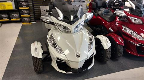 2016 Can-Am Spyder RT-S SM6 in Greenville, South Carolina