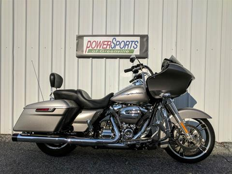 2017 Harley-Davidson Road Glide® in Greenville, South Carolina