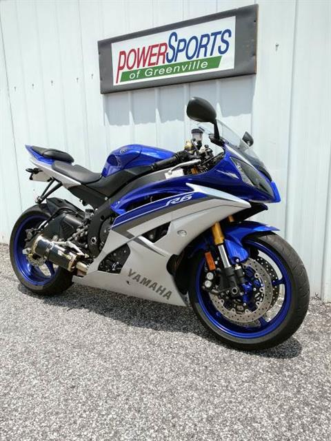 2015 Yamaha YZF-R6 in Greenville, South Carolina
