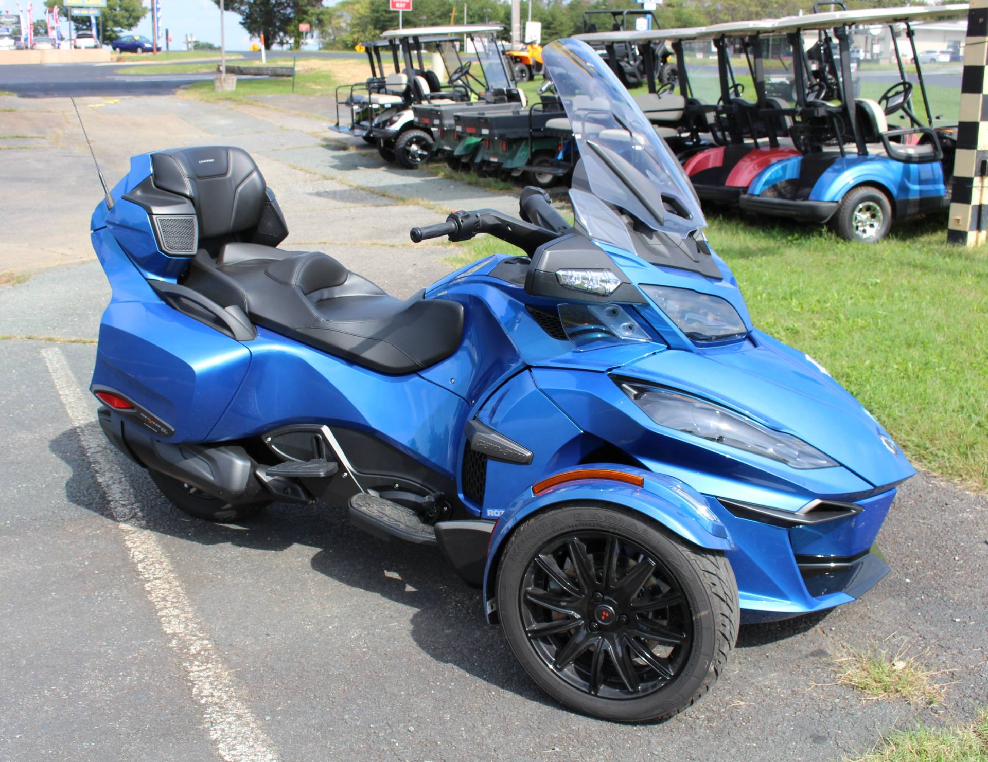 2018 Can-Am Spyder RT Limited in Ruckersville, Virginia - Photo 3