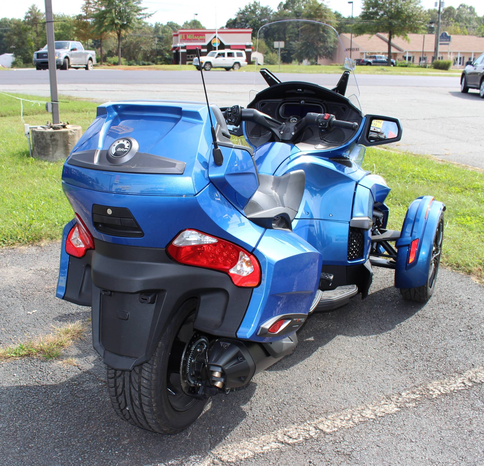 2018 Can-Am Spyder RT Limited in Ruckersville, Virginia - Photo 4