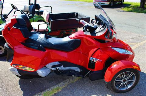 2012 Can-Am Spyder® RT-S SE5 in Ruckersville, Virginia - Photo 1