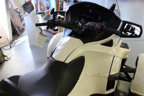 2018 Can-Am Spyder RT SE6 in Ruckersville, Virginia - Photo 4