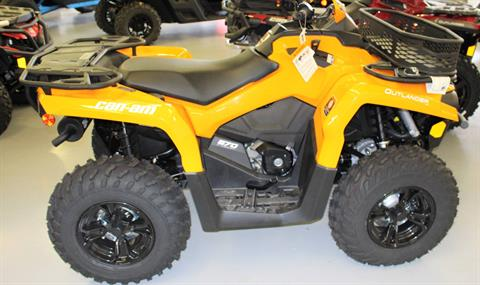 2018 Can-Am Outlander DPS 570 in Ruckersville, Virginia - Photo 2