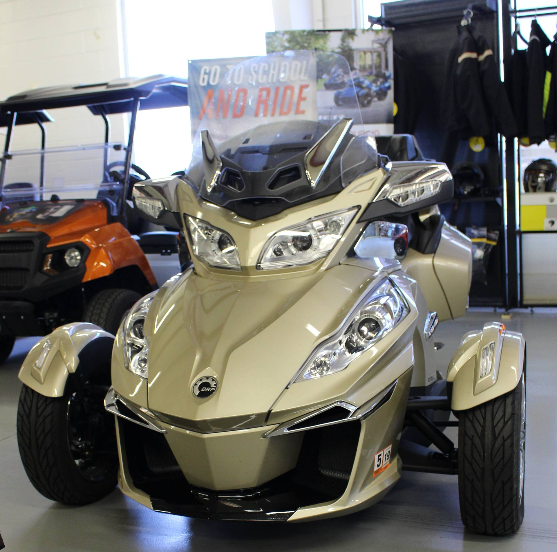2017 Can-Am Spyder RT Limited in Ruckersville, Virginia