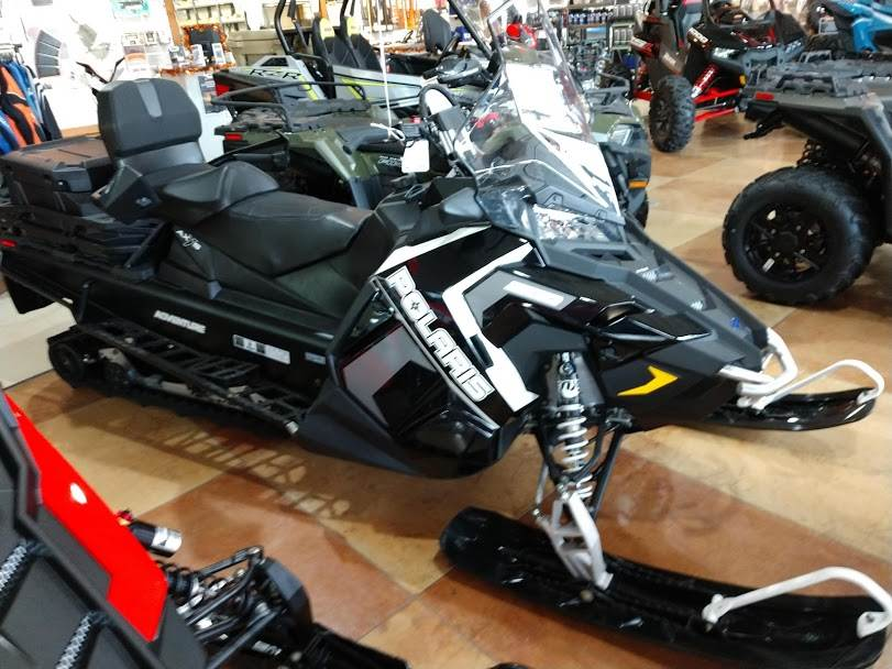 2018 Polaris 800 Titan Adventure 155 in Hamburg, New York - Photo 1