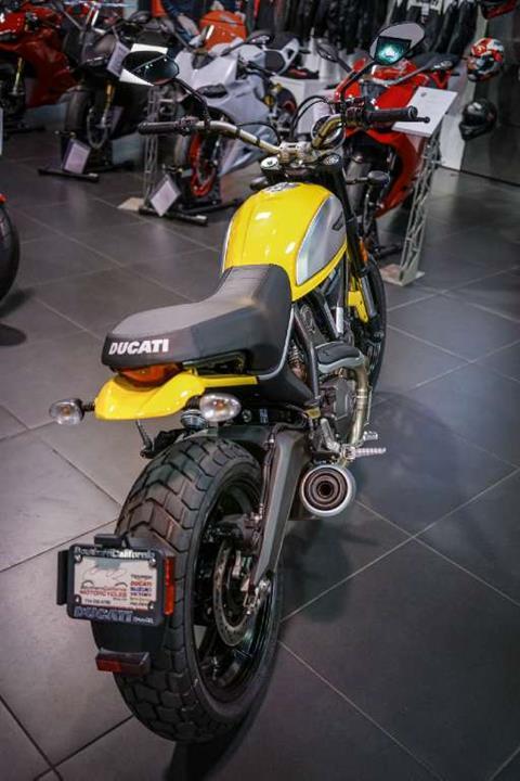 2017 Ducati Scrambler Icon in Brea, California