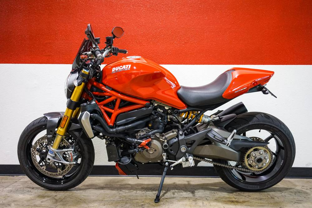 2015 Ducati Monster 1200 S in Brea, California