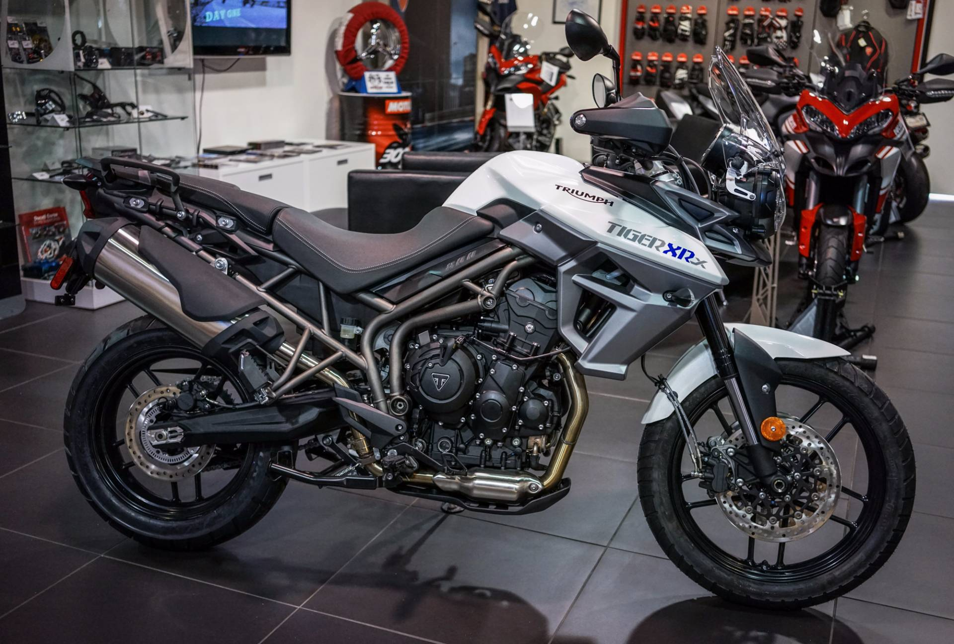 2017 Triumph Tiger 800 XRx Low in Brea, California
