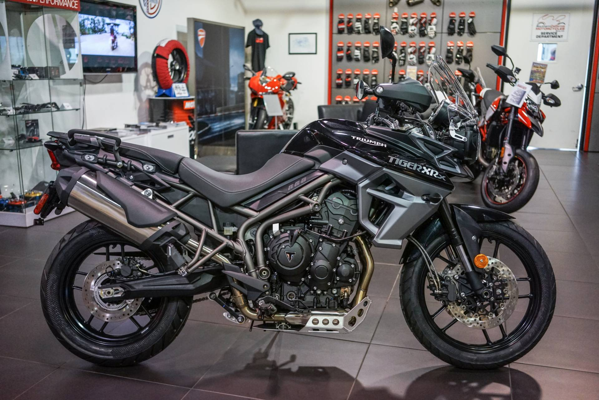 New 2018 Triumph Tiger 800 Xrx Low Motorcycles In Brea Ca