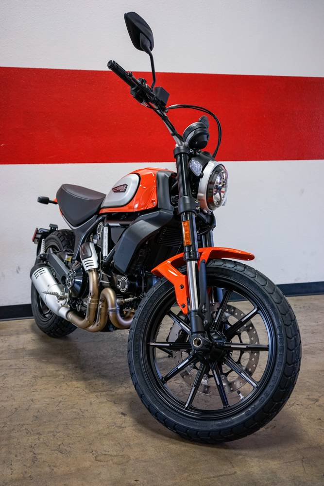 2019 Ducati Scrambler Icon in Brea, California - Photo 8