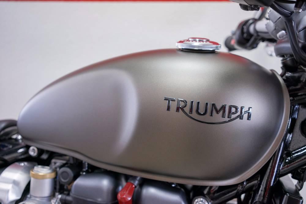 2017 Triumph Bonneville Bobber in Brea, California