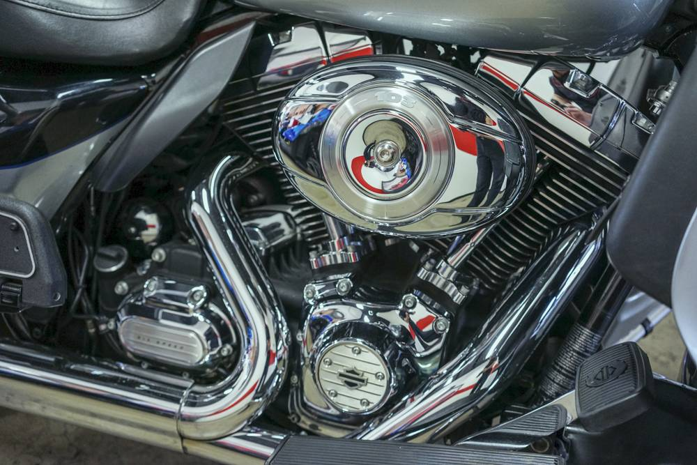 2012 Harley-Davidson Electra Glide® Ultra Limited in Brea, California - Photo 3