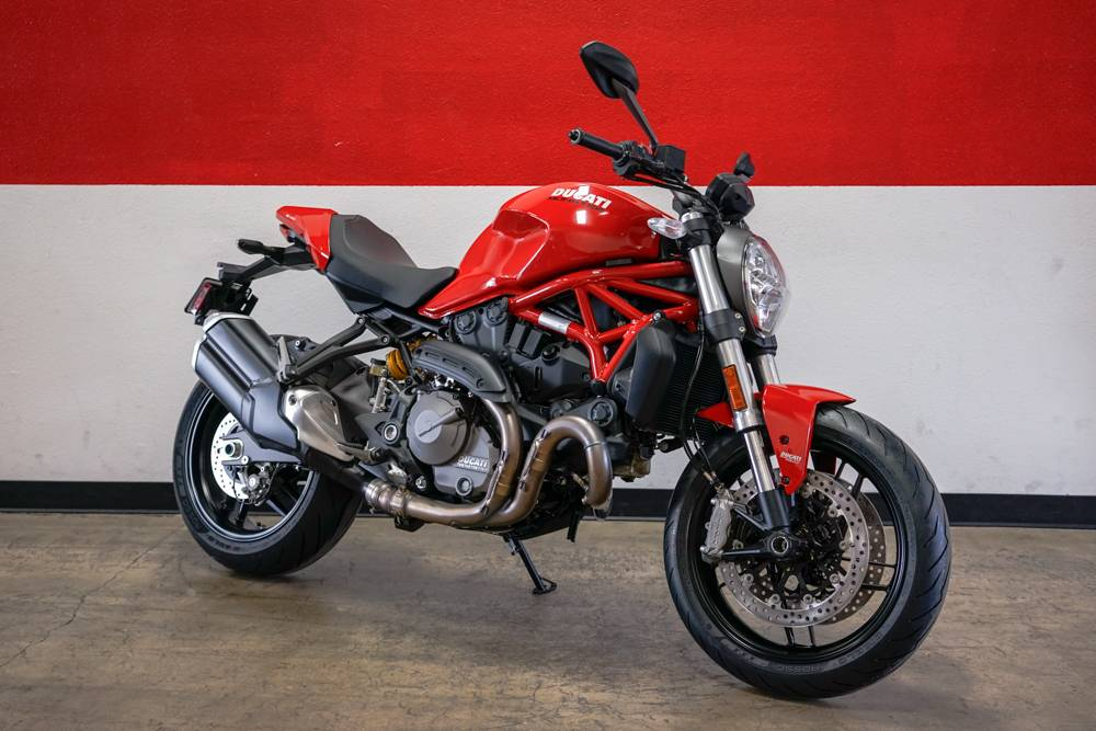 2019 Ducati Monster 821 in Brea, California - Photo 6