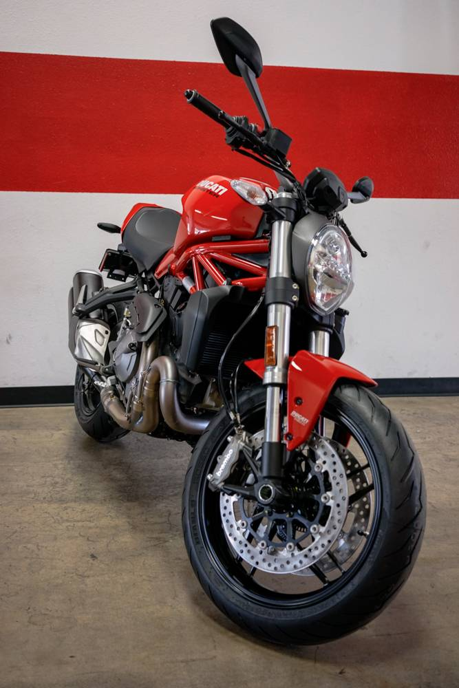 2019 Ducati Monster 821 in Brea, California - Photo 8