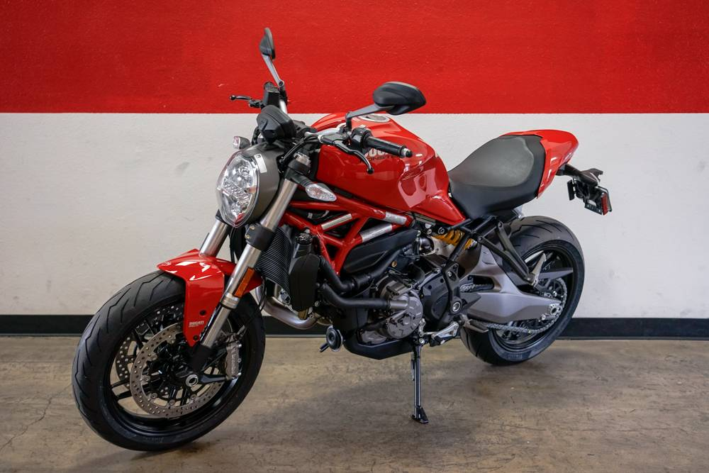2019 Ducati Monster 821 in Brea, California - Photo 9