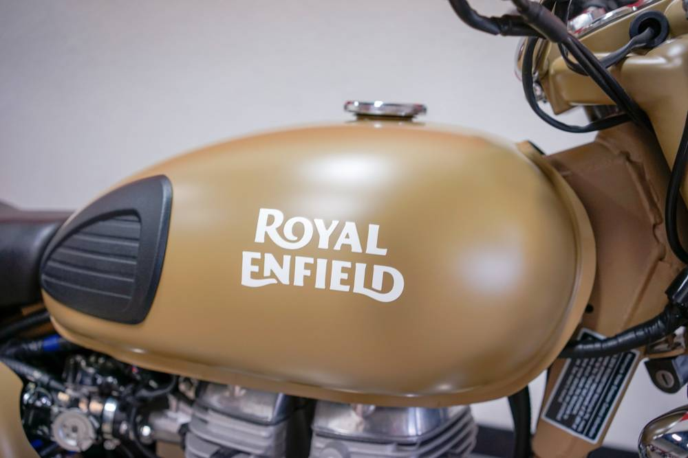 2018 Royal Enfield Classic Military ABS in Brea, California - Photo 3