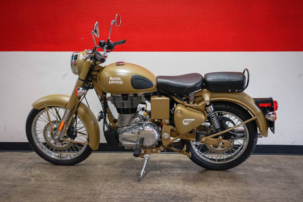 2018 Royal Enfield Classic Military ABS in Brea, California - Photo 12