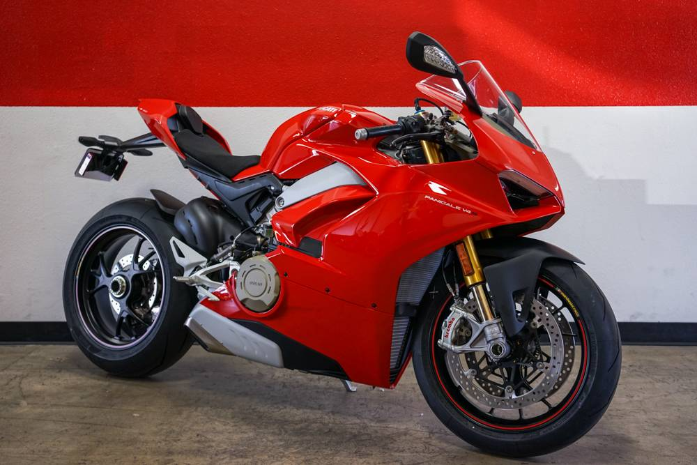 2018 Ducati PANIGALE V4S in Brea, California