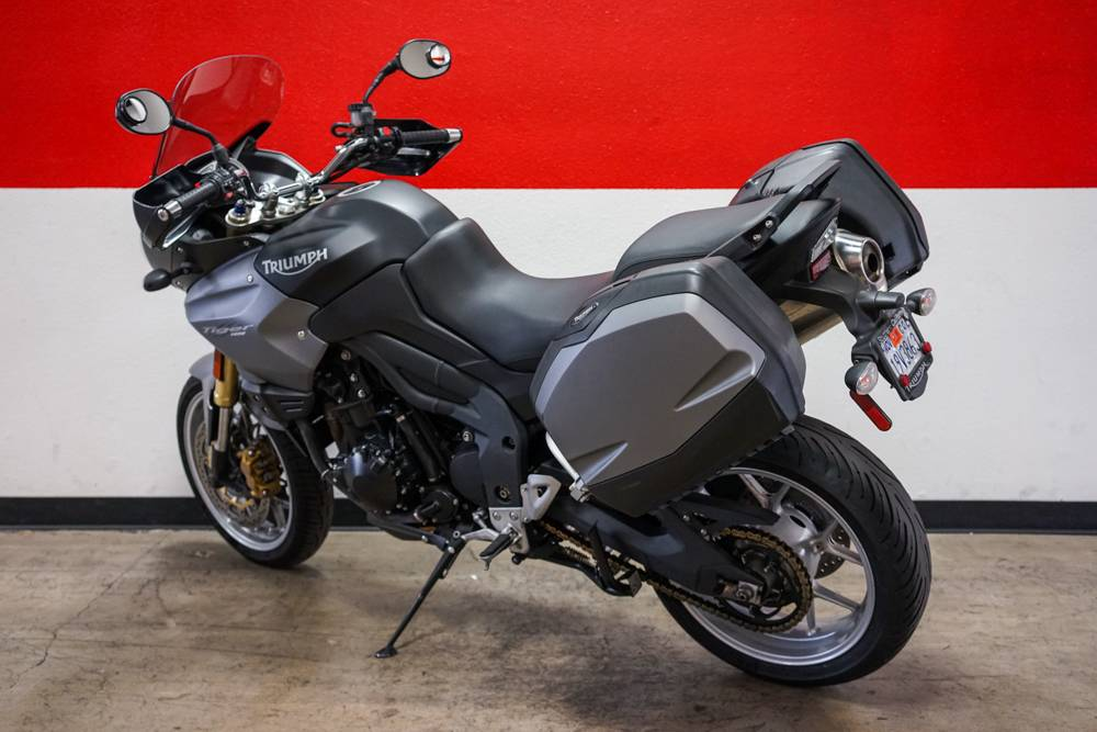 2010 Triumph Tiger 1050 ABS SE in Brea, California