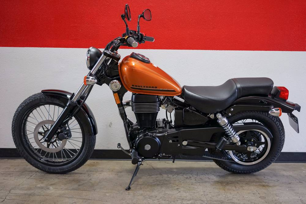 2017 Suzuki Boulevard S40 in Brea, California