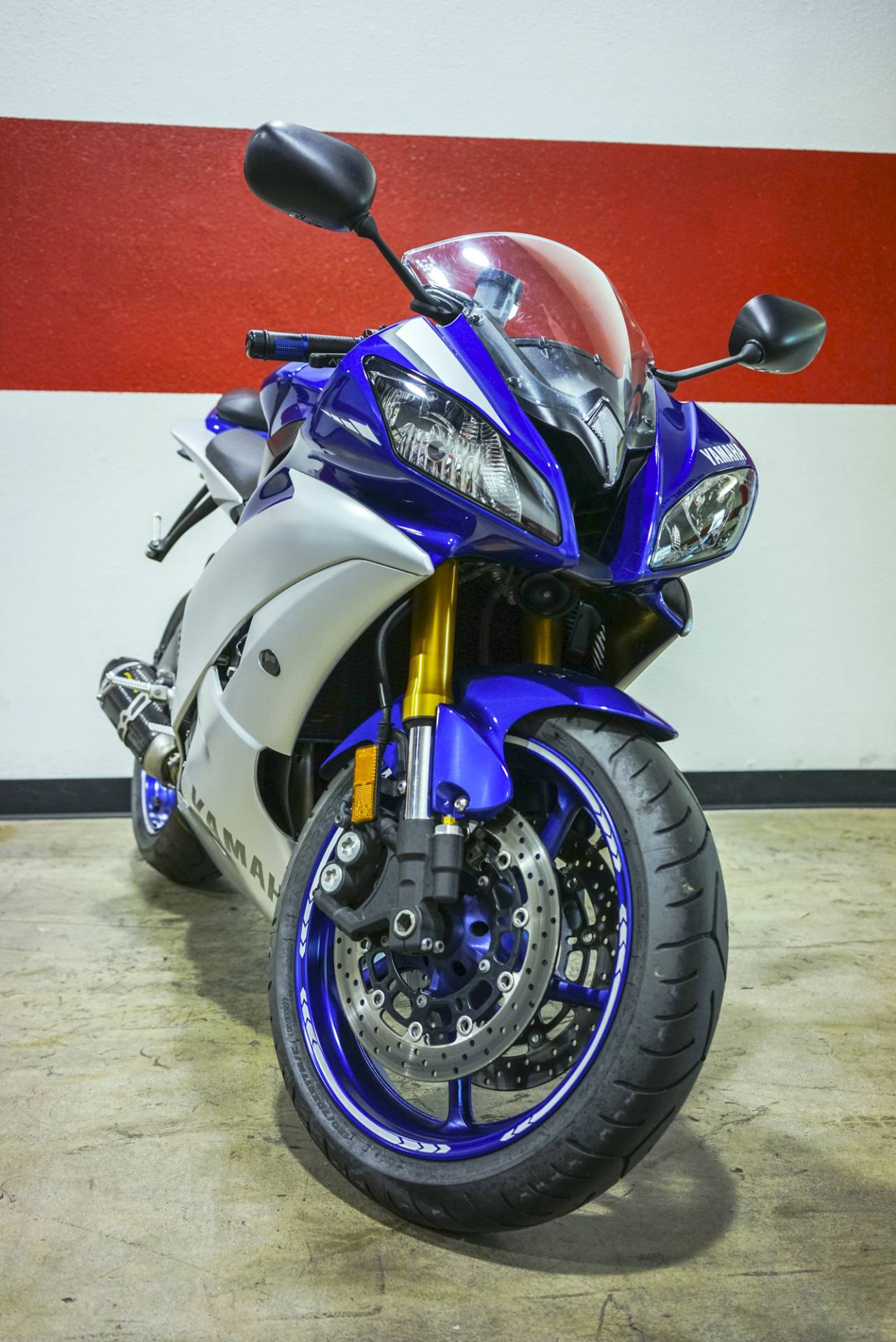 2015 Yamaha YZF-R6 in Brea, California - Photo 8