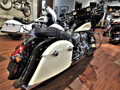 2019 Indian Chieftain® Classic ABS in Elkhart, Indiana - Photo 5