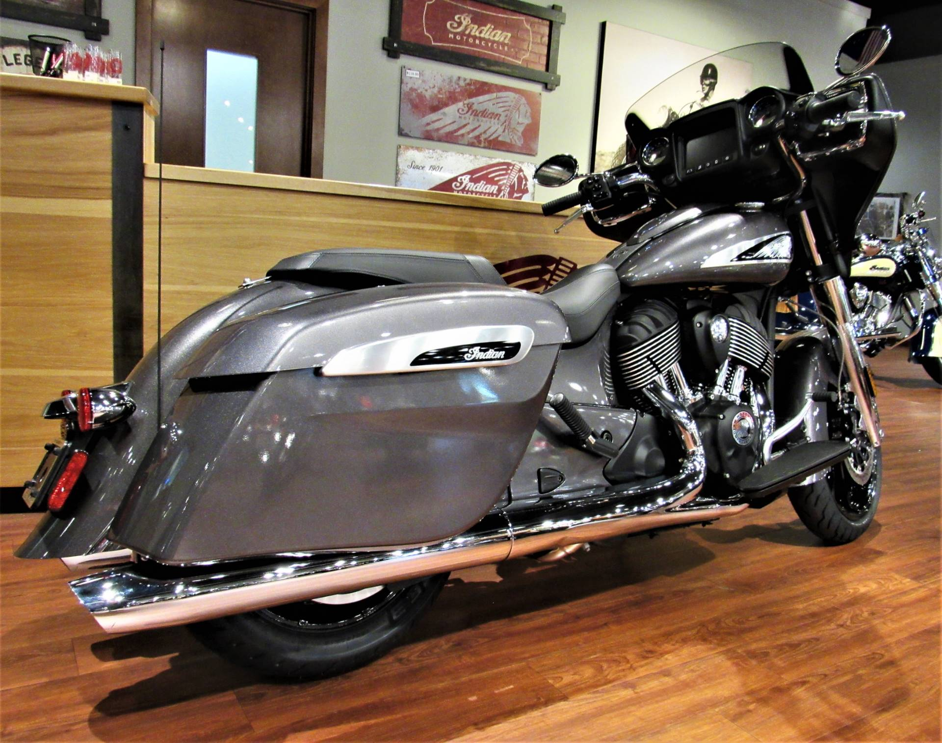 2019 Indian Chieftain® ABS in Elkhart, Indiana - Photo 5
