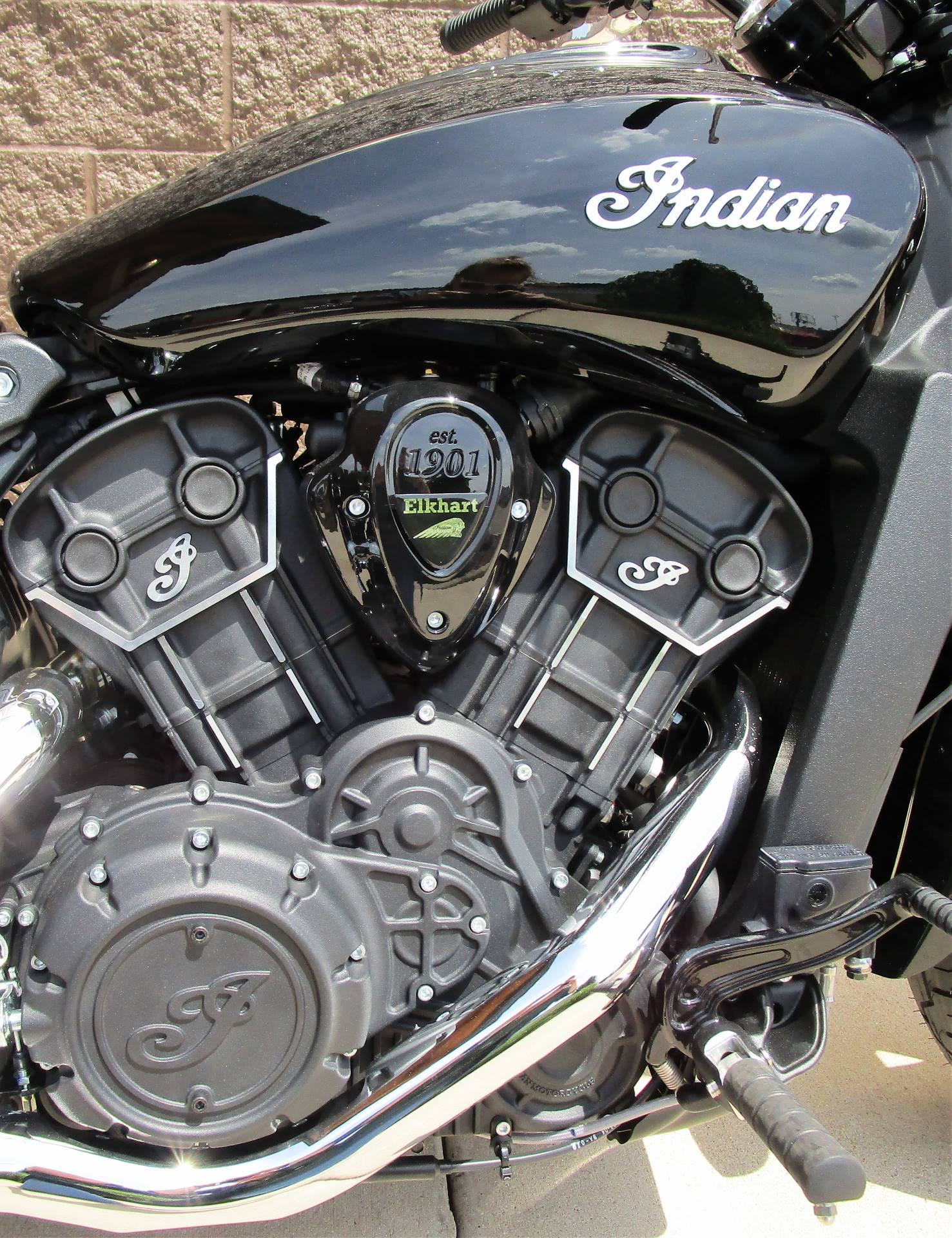 2019 Indian Scout® Sixty in Elkhart, Indiana - Photo 2