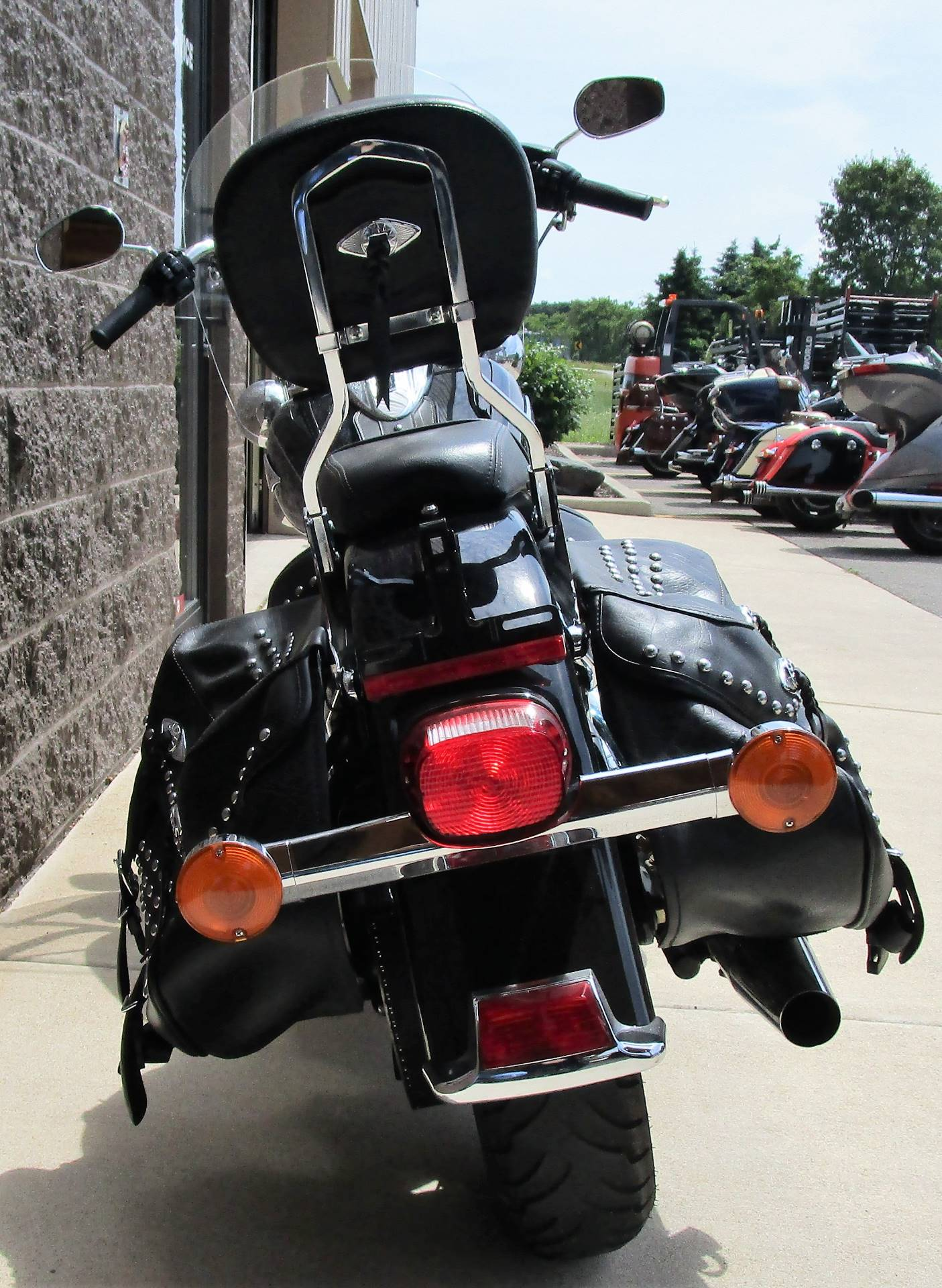 2015 Harley-Davidson Heritage Softail® Classic in Elkhart, Indiana - Photo 8