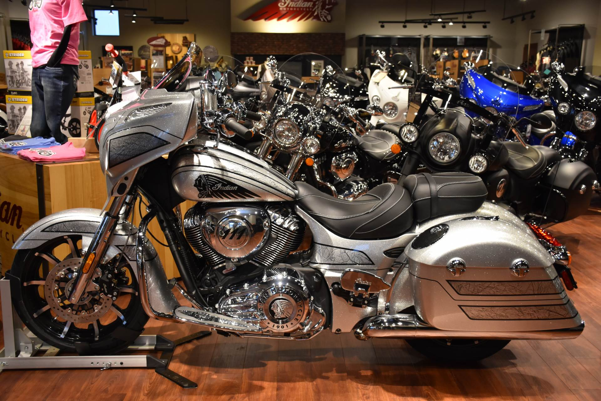 2018 Indian Chieftain Elite in Elkhart, Indiana