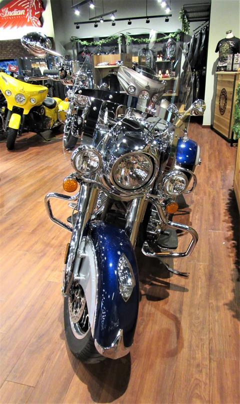 2017 Indian Springfield™ in Elkhart, Indiana