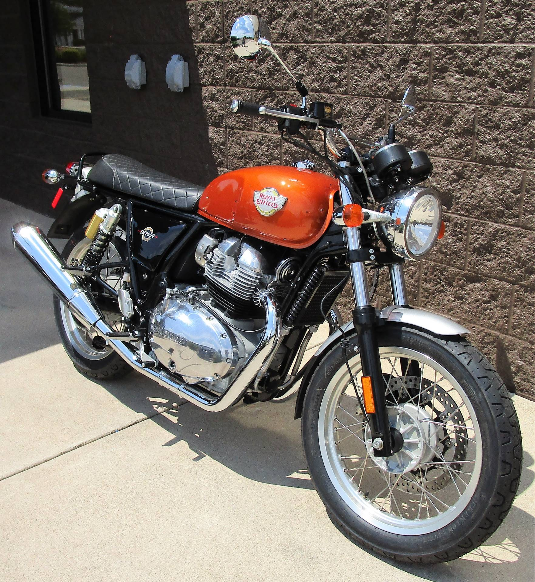 2019 Royal Enfield INT650 in Elkhart, Indiana - Photo 9