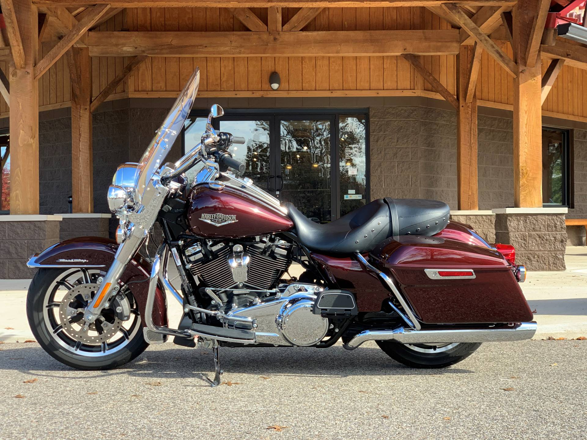 2018 Harley-Davidson Road King® in Elkhart, Indiana - Photo 2