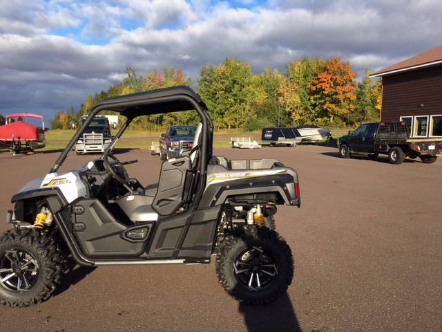 2017 Yamaha Wolverine R-Spec EPS SE in Greenland, Michigan - Photo 4