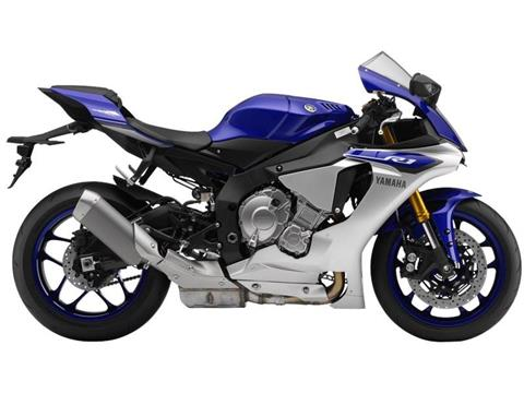 2015 Yamaha YZF-R1 in Olympia, Washington