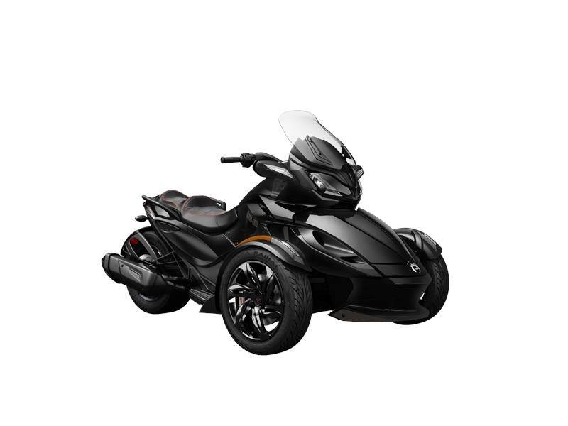 2016 Can-Am Spyder ST-S in Dearborn Heights, Michigan