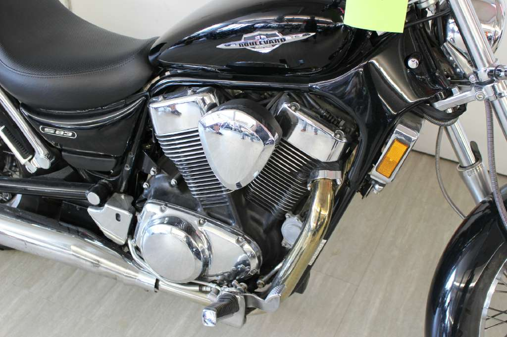 2007 Suzuki Boulevard S83 in Dearborn Heights, Michigan