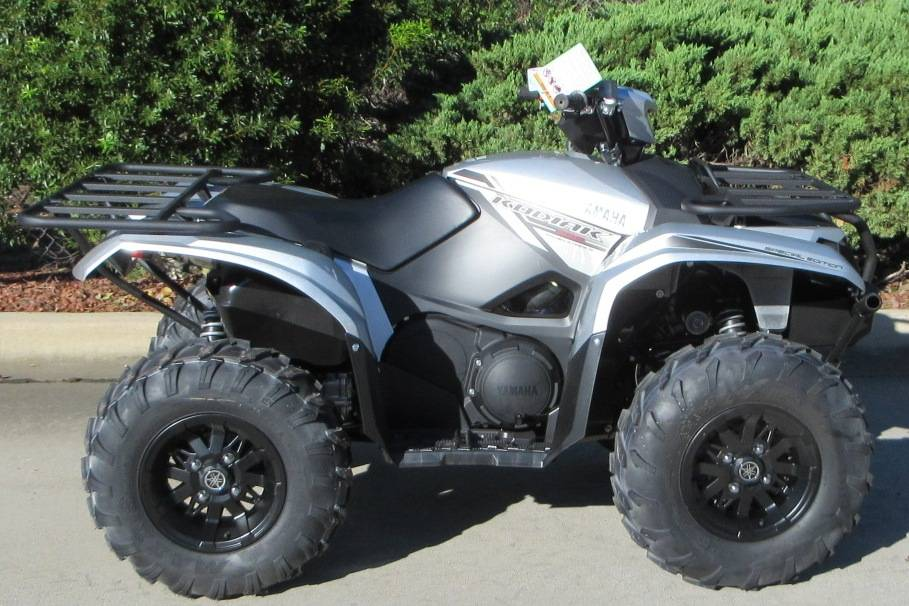 2018 Yamaha Kodiak 700 EPS SE in Sumter, South Carolina
