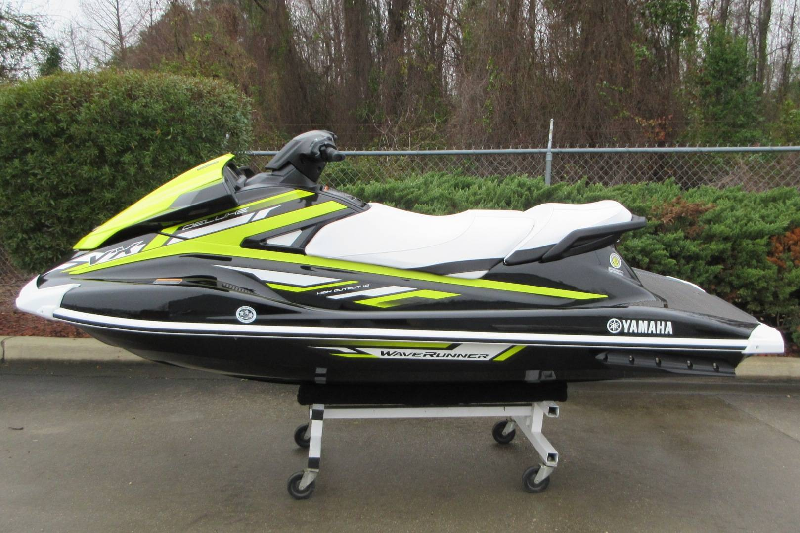 2019 Yamaha VX Deluxe in Sumter, South Carolina - Photo 2