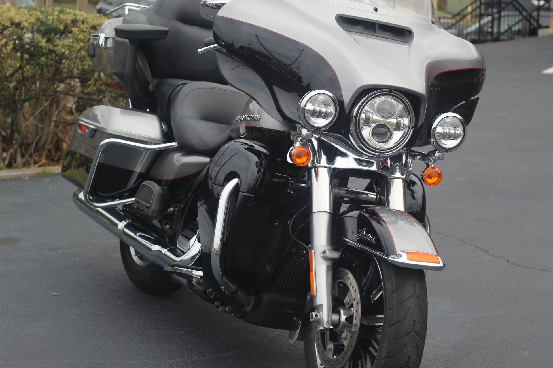 2017 Harley-Davidson Ultra Limited in Marietta, Georgia - Photo 2