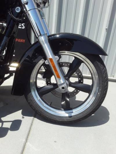 2012 Harley-Davidson Dyna® Switchback in Clarksville, Tennessee - Photo 2