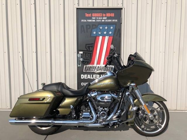 2017 Harley-Davidson Road Glide® Special in Clarksville, Tennessee