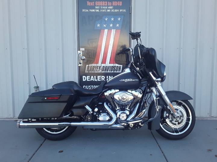 2011 Harley-Davidson Street Glide® in Clarksville, Tennessee - Photo 1