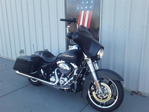 2011 Harley-Davidson Street Glide® in Clarksville, Tennessee - Photo 2