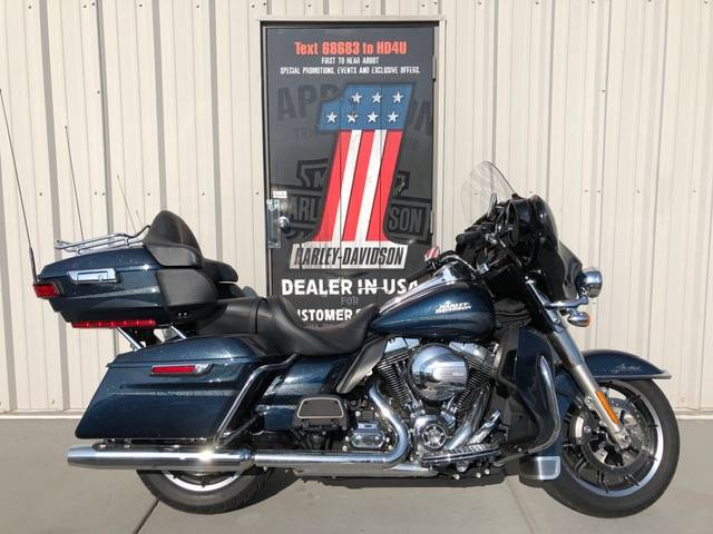 2016 Harley-Davidson Ultra Limited in Clarksville, Tennessee