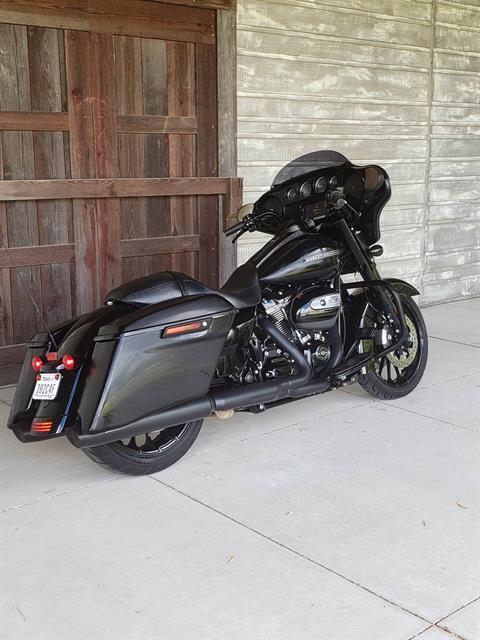 2018 Harley-Davidson Street Glide® Special in Kingwood, Texas - Photo 3