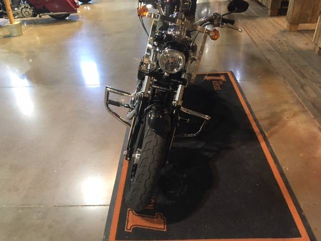 2018 Harley-Davidson 1200 Custom in Kingwood, Texas - Photo 5